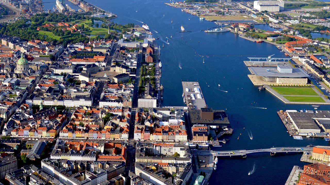 Edificios en la isla de Lindholm