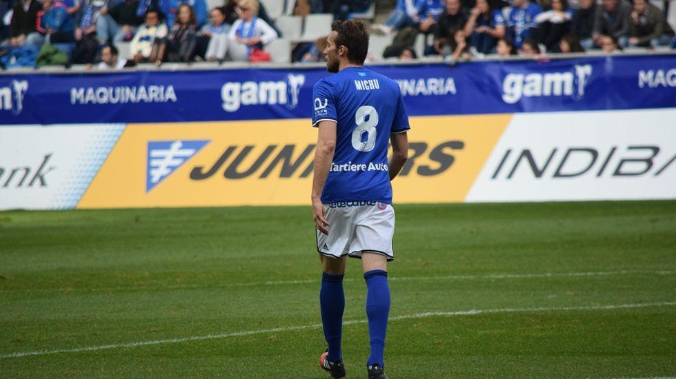 Michu y Manu Lanzarote, jugador del Zaragoza y ex del Real Oviedo