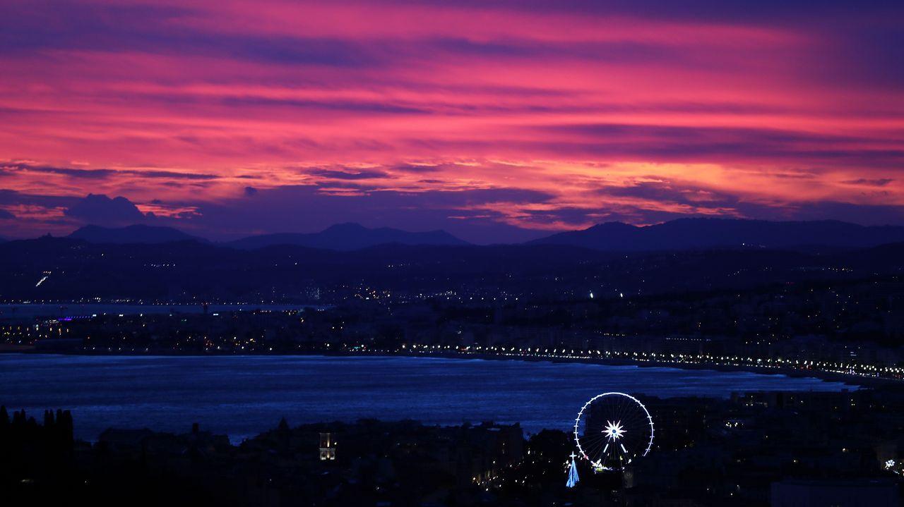 Imagen del anochecer en Niza durante el paso de la tormenta Eleonor