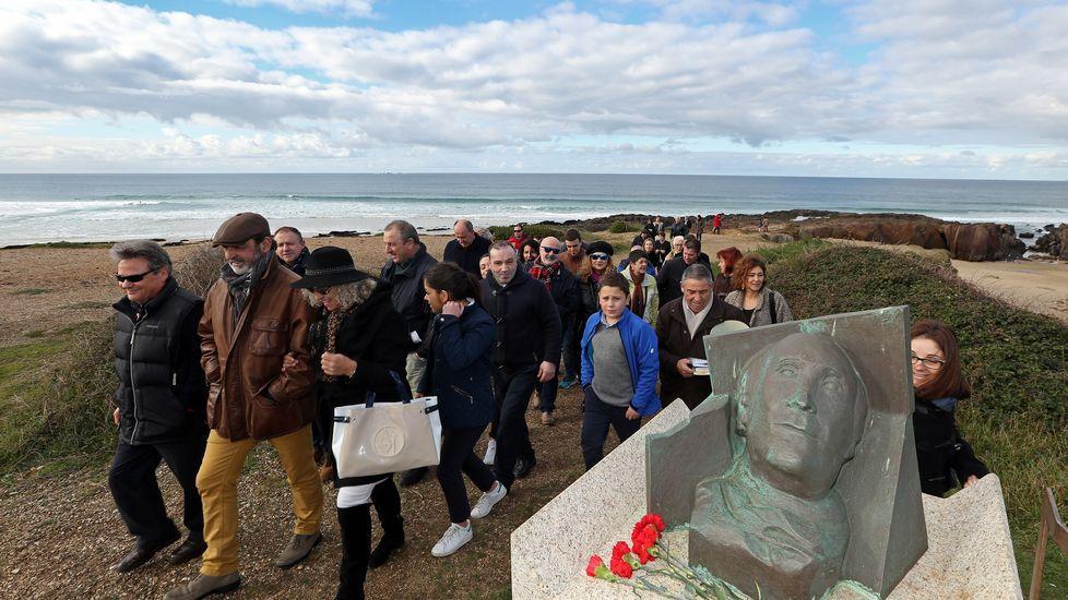 Homenaje a Ramón Sampedro en la playa de As Furnas