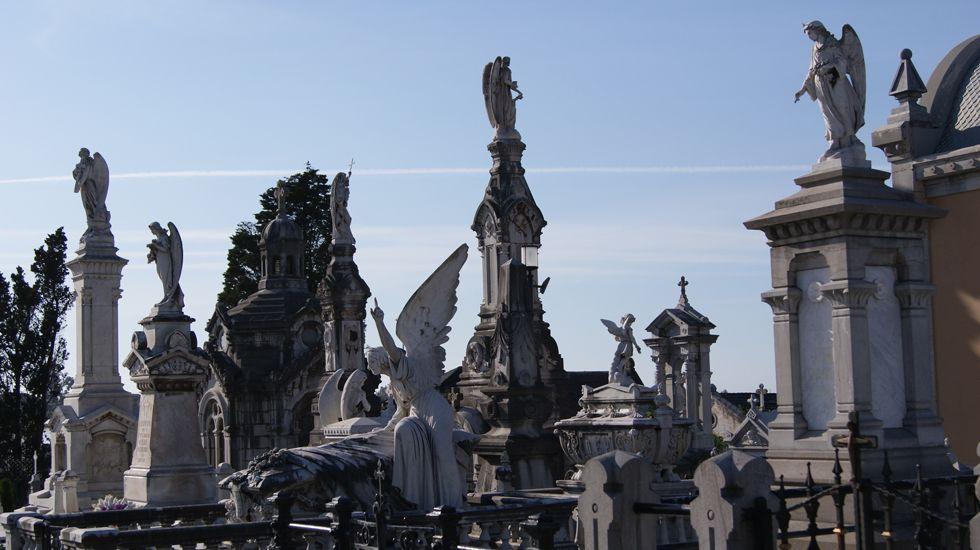 El cementerio de La Carriona, en Avilés