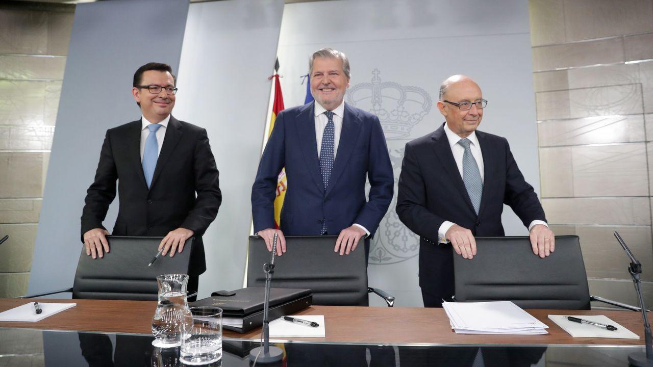Los funcionarios ahora eligen las islas.Emilio Carrera