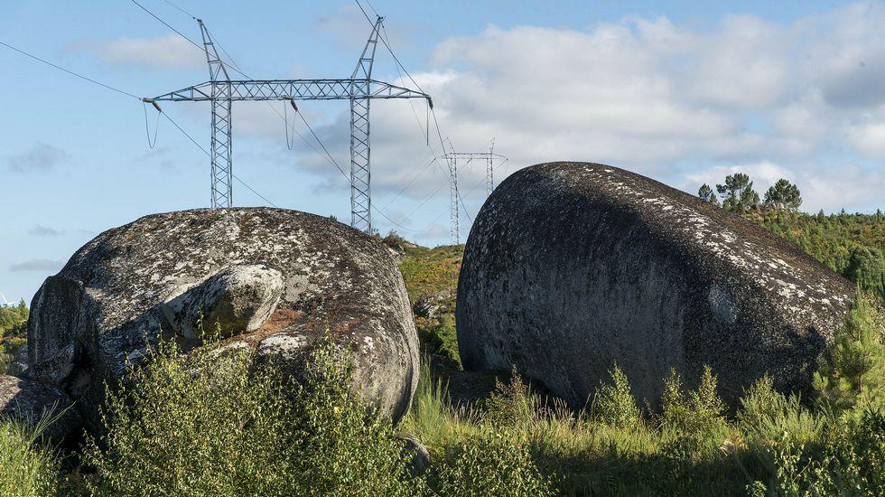 Ruta de senderismo de Moura (Nogueira de Ramuín). Formación rocosa conocida por los vecinos como Penedos do Trigo