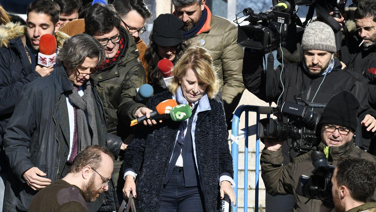 La expresidenta de la Comunidad de Madrid Esperanza Aguirre a su salida de la Audiencia Provincial de Madrid
