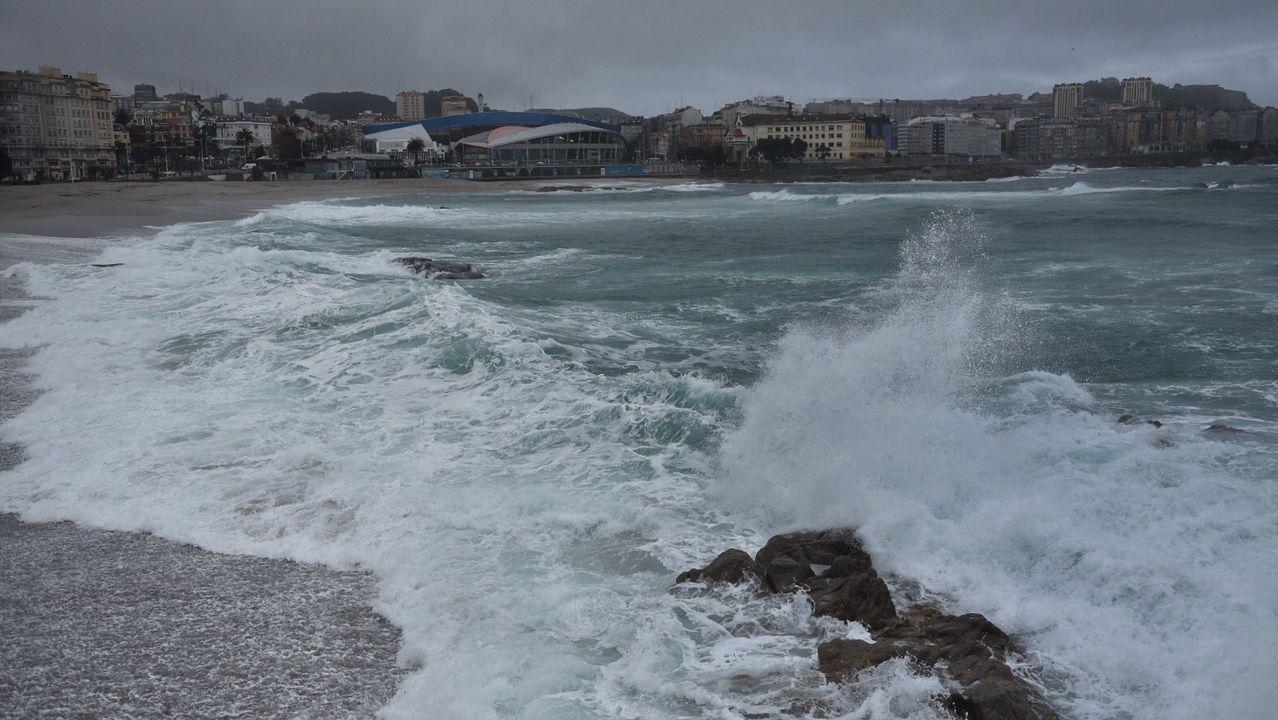 alcoa.En el litoral de A Coruña y Pontevedra hay alerta roja