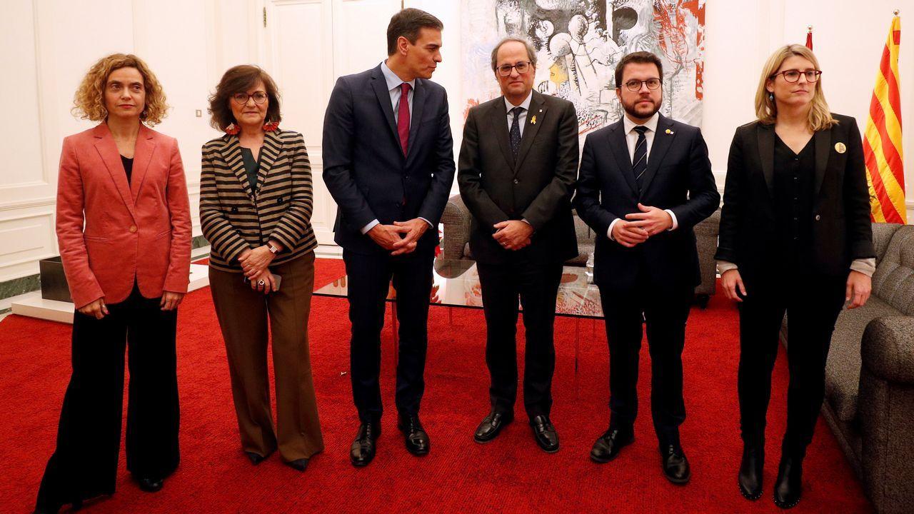 PP, Ciudadanos y Vox, juntos enuna manifestación este domingo en Madrid.Sánchez y Torra se reunieron más de una hora por separado y después se sumaron, durante diez minutos, al encuentro de Batet y Calvo con los consellers Aragonès y Artadi