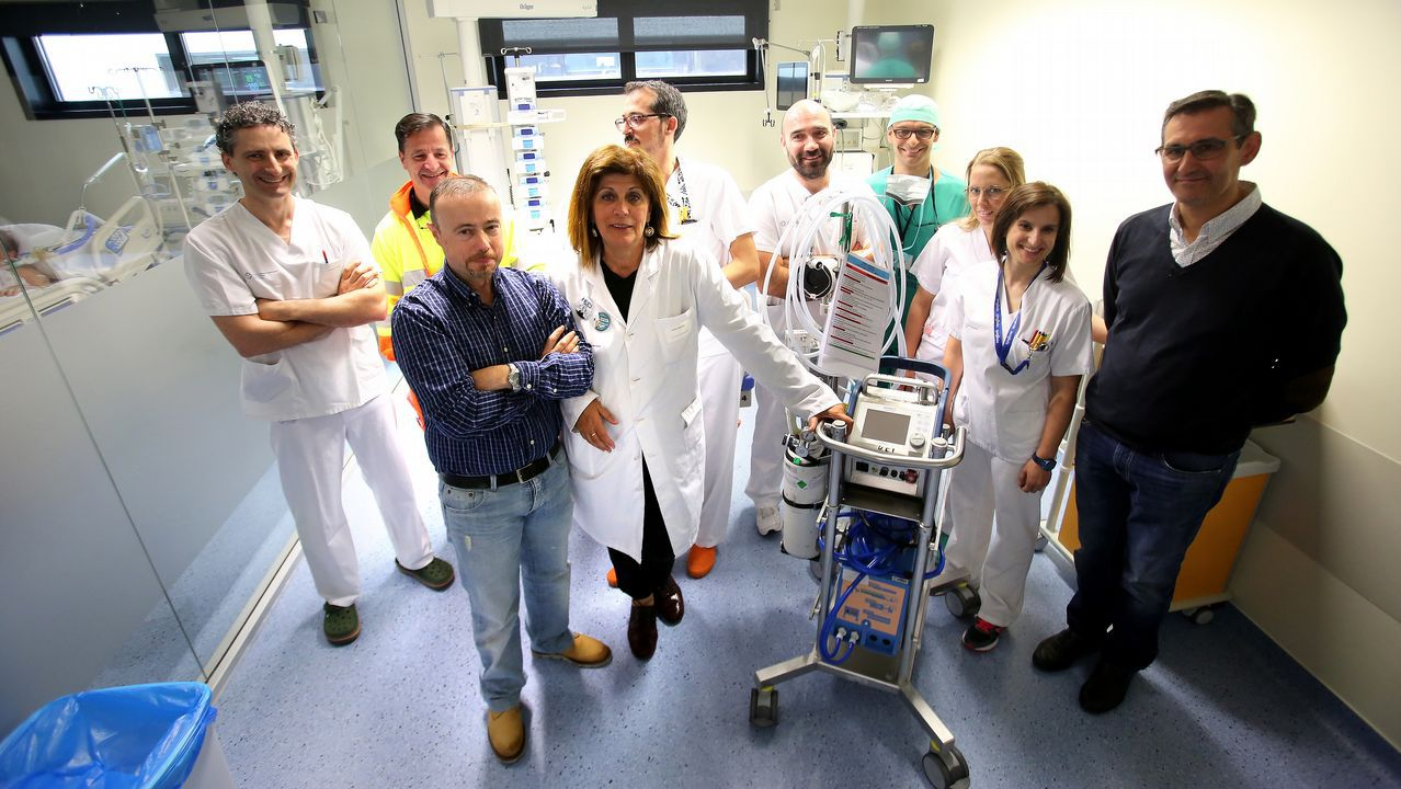 Una Nochebuena sin sangre.El conselleiro, el gerente del Sergas y el director xeral de Asistencia Sanitaria fueron los anfitriones en la constitución del Consello