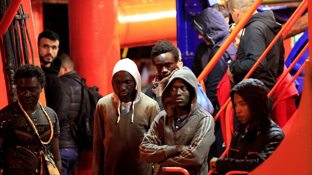 Inmigrantes subsaharianos rescatados ayer en el Estrecho