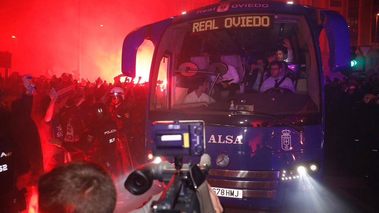 Gol Ibra Real Oviedo Sporting derbi Carlos Tartiere.Recibimiento de la afición del Oviedo a su equipo