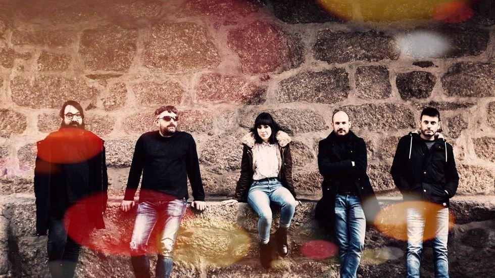 Una imagen promocional del grupo Fábrica de Espejos