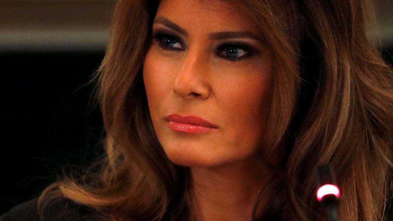 La reaparición de Melania Trump tras su operación.Inmigrantes en Texas