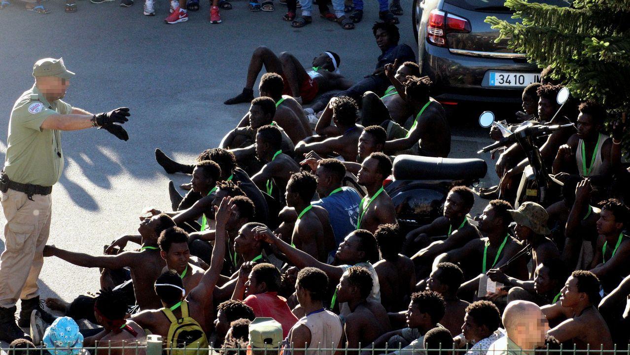 La Delegación del Gobierno en Ceuta aún no ha hecho balance definitivo con cifras del número de indocumentados que ha entrado en la ciudad autónoma, aunque las primeras estimaciones indican que serían más de 400