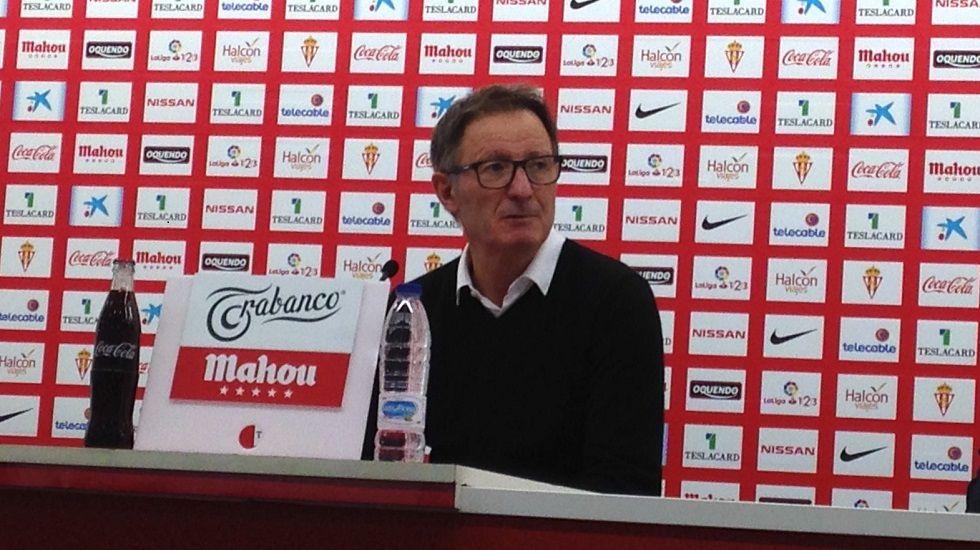 Jorge Menéndez Vallina, presidente del Oviedo, en la sala de prensa del Carlos Tartiere