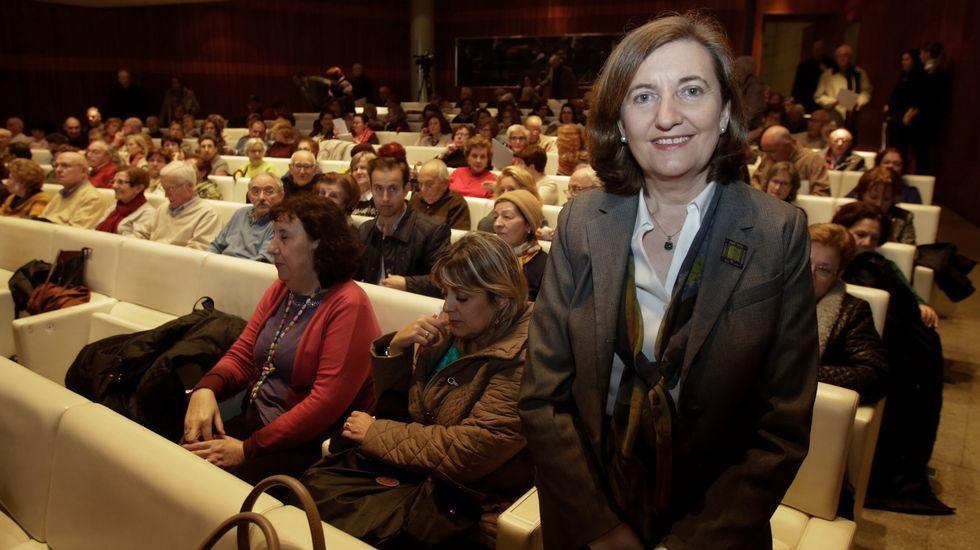 Noa, la perrita «deshauciada».García Seoane, con una «doble» de Ana Pastor, participó en la parodia a la ministra de Fomento.