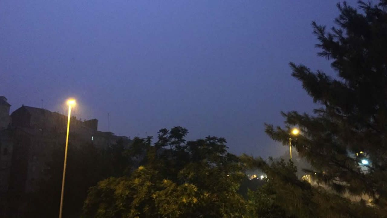 Noche de rayos en Ourense.