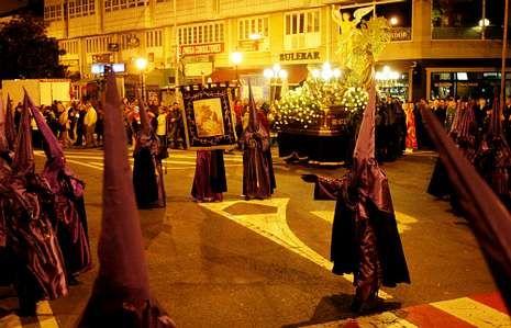 <span lang= es-es >Tradición</span>. La tradición está muy presente en los recorridos que llevan a cabo las cofradías de la comarca.