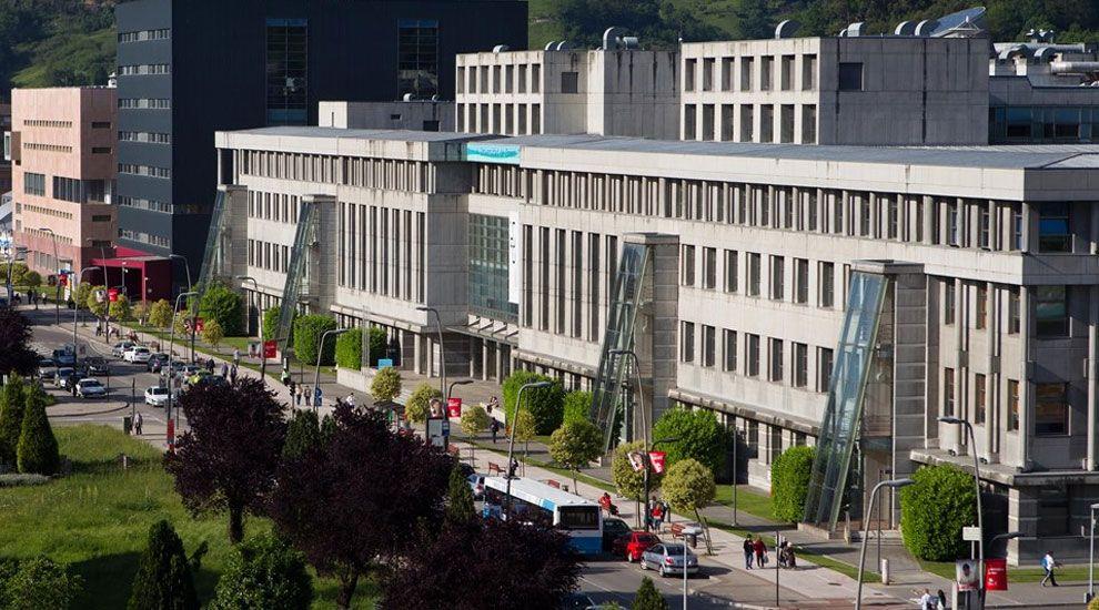 Escuela Politécnica, en el campus de Mieres