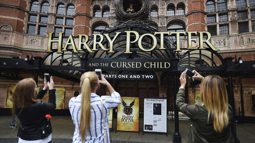 Harry Potter desata la locura en medio mundo