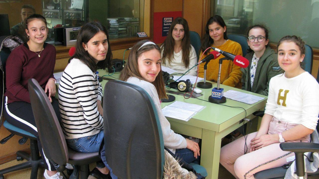 As sete mulleres do Anllóns , do grupo que leva o mesmo nome (As Revoltas, Cabana)