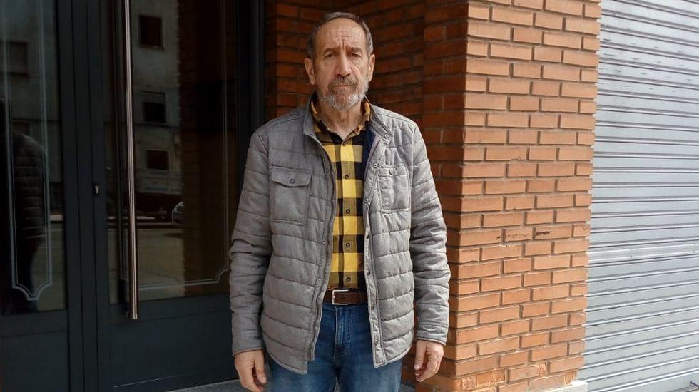 Andrés Seoane, cantero y restaurador, aprendió el oficio de su padre, restaurador de la catedral de León