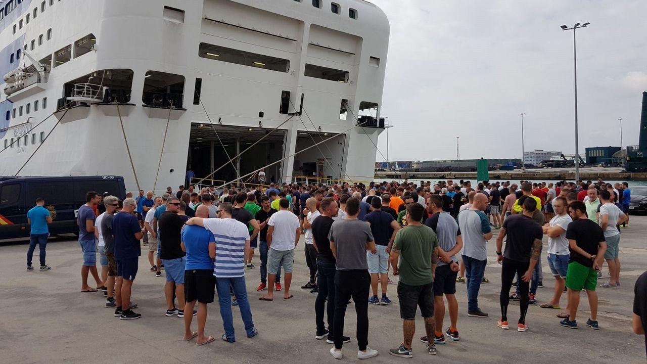 Los policías desplazados en Cataluña: «La gente se sube por las paredes»