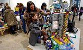 La muestra de trabajos escolares es uno de los reclamos del Salón do Libro Infantil.