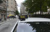 La parada de taxis del parque de San Lázaro es la más solicitada de la ciudad.