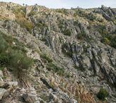 Paisaje abrupto y rocoso en la Rega do Chucán