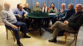 Un grupo de gallegos que viven en Argentina se reunieron en el Centro Galicia de Buenos Aires para hablar sobre elecciones autonómicas gallegas,
