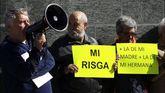 Concentración de protesta para denunciar la situaciçon de pobreza que viven algunas familias