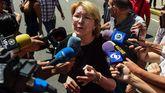 Luisa Ortega Díaz, fiscala general de Venezuela y una de las voces más críticas con Nicolas Maduro, hablando con la prensa en Caracas