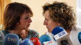 JUana Rivas,  junto a la directora del Área de Igualdad y asesora jurídica del centro de la mujer, Francisca Granados