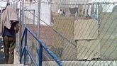 Un inmigrante en un centro de internamiento