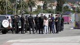 La Guardia Civil desplego ya ayer un importante dispositivo en la localidad barbanzana