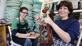 Las redeiras acompañan la promoción de los vinos gallegos