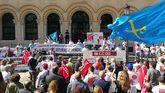 Los huelguistas en la sede de Presidencia