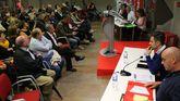 Un momento de la asamblea del PSOE