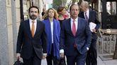 Cuatro abogados y un procurador en representación de Artur Mas
