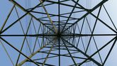 Una torre de alta tensión vista desde dentro