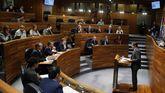 El presidente del Principado, Javier Fernández, durante su intervención en la primera jornada del debate de orientación política general que se celebra en la Junta General