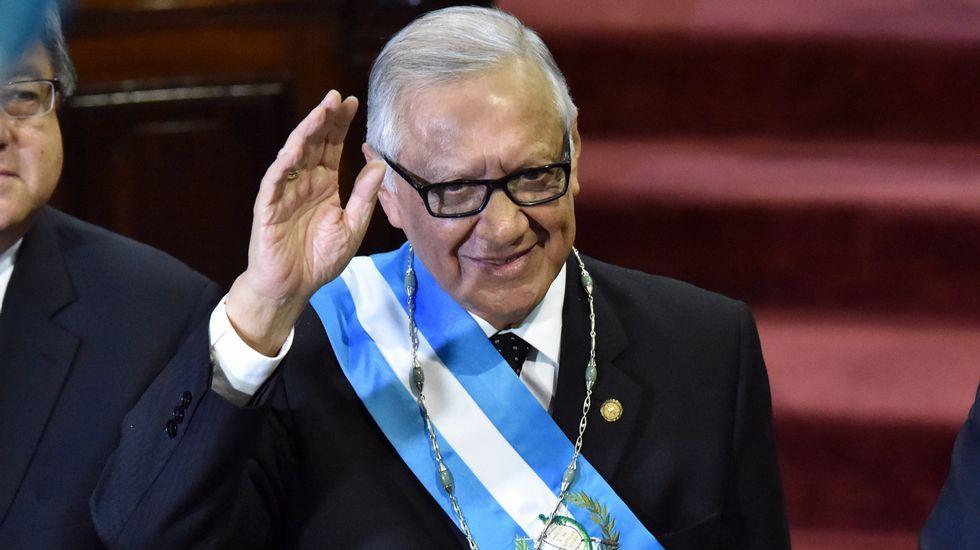 Jimmy Morales gana la primera vuelta en las elecciones de Guatemala.Aula de Ricardo Símil Silva, no grupo escolar de Quintela en 1920.