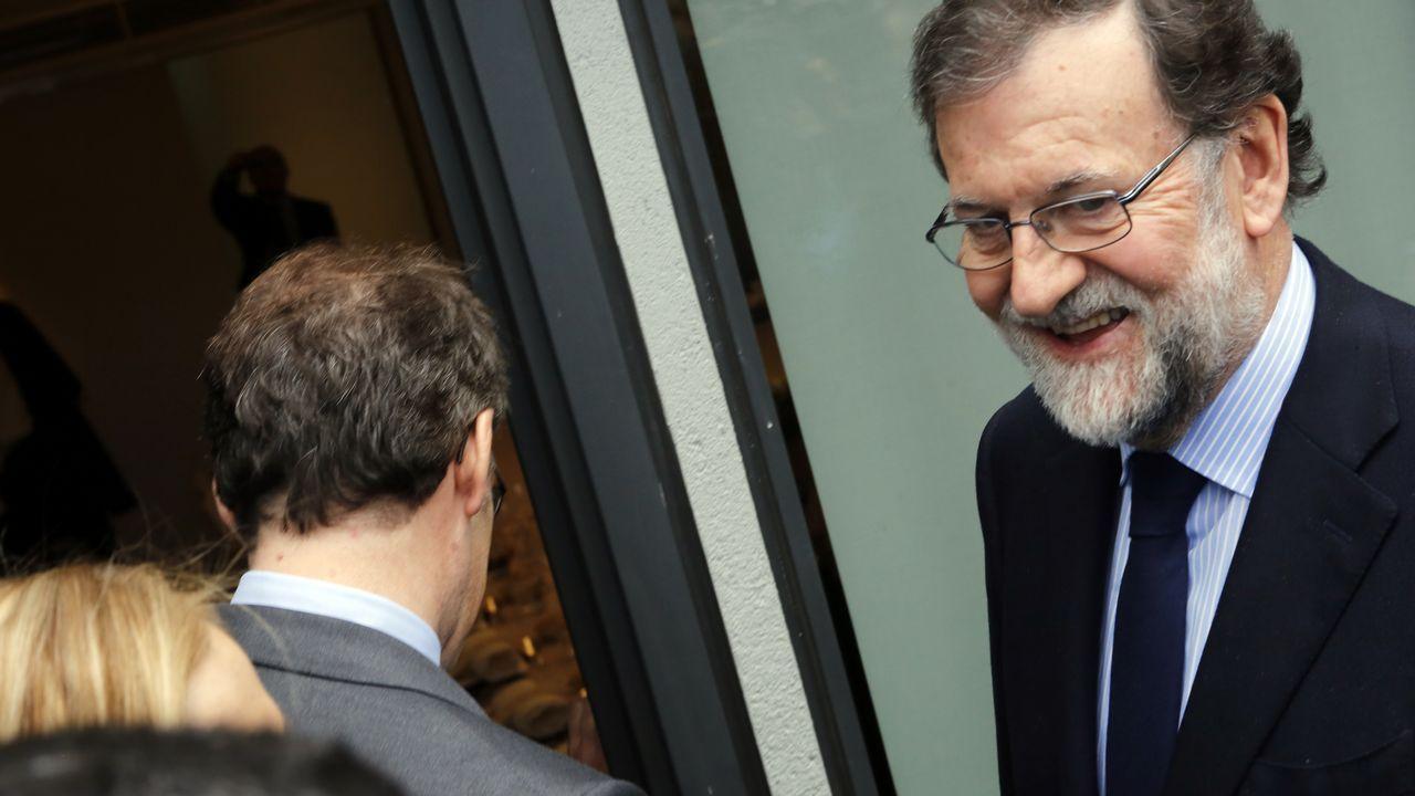 Miles de personas reclaman en Barcelona «seny» y un nuevo Govern.El secretario de Organización de Ciudadanos, Fran Hervías