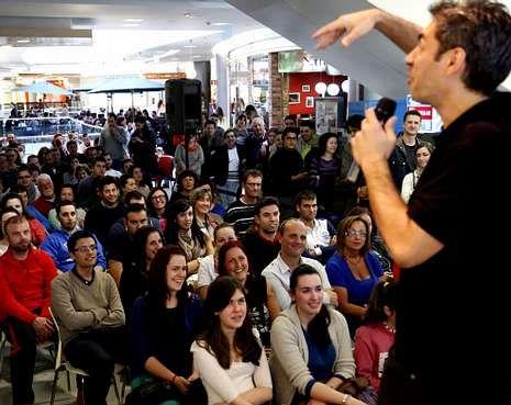 .Dani de la Cámara abrió el pasado jueves un ciclo en el Centro Comercial Gran Vía.