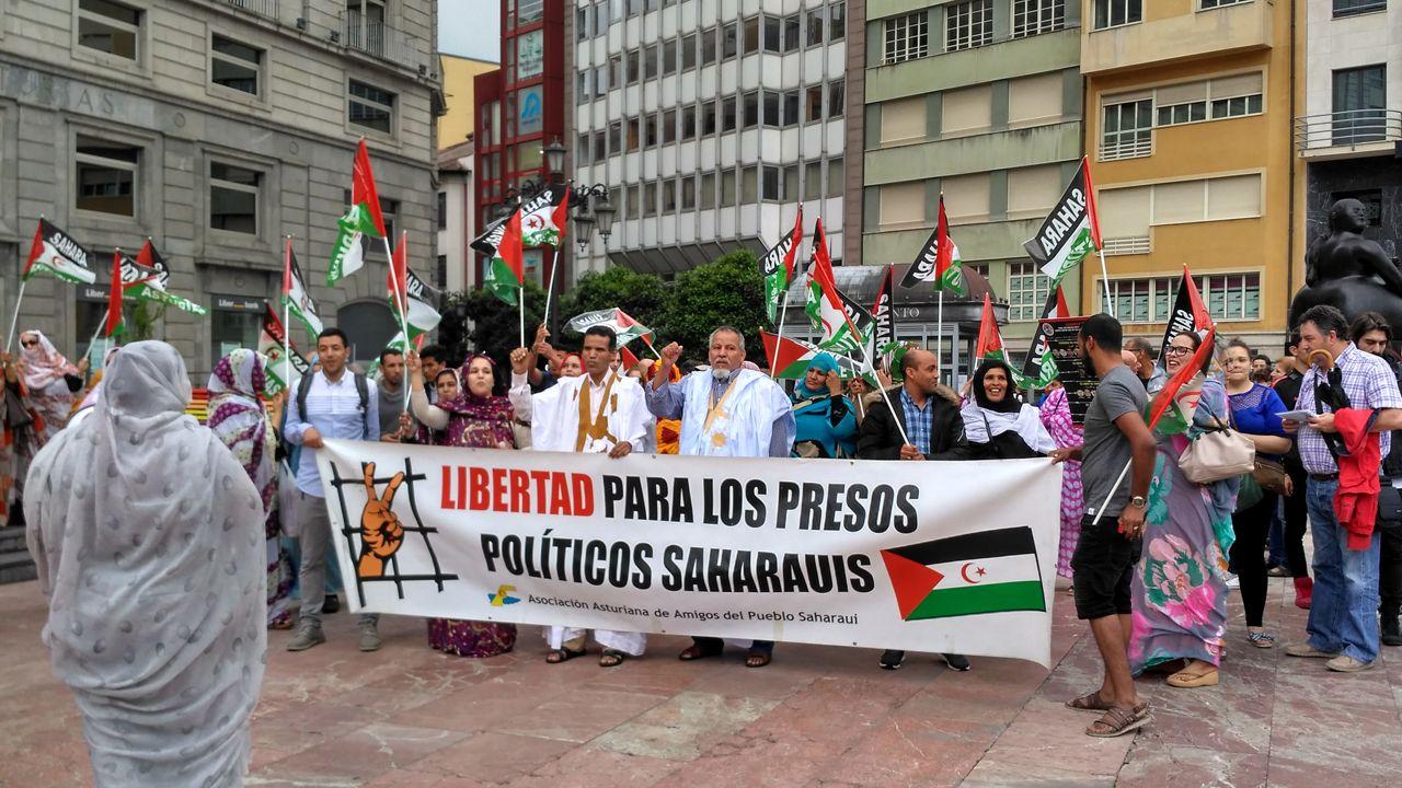 Manifestación de la Asociación Asturiana de Amigos del Pueblo Saharaui