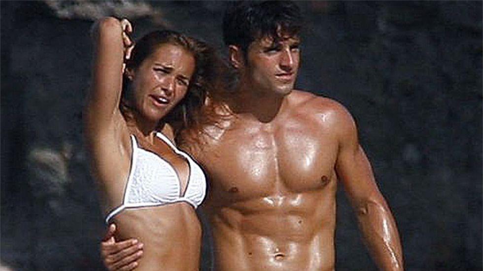 .La pareja en una fiesta de la productura Bambu, con la que ha trabajado en varias series Paula.