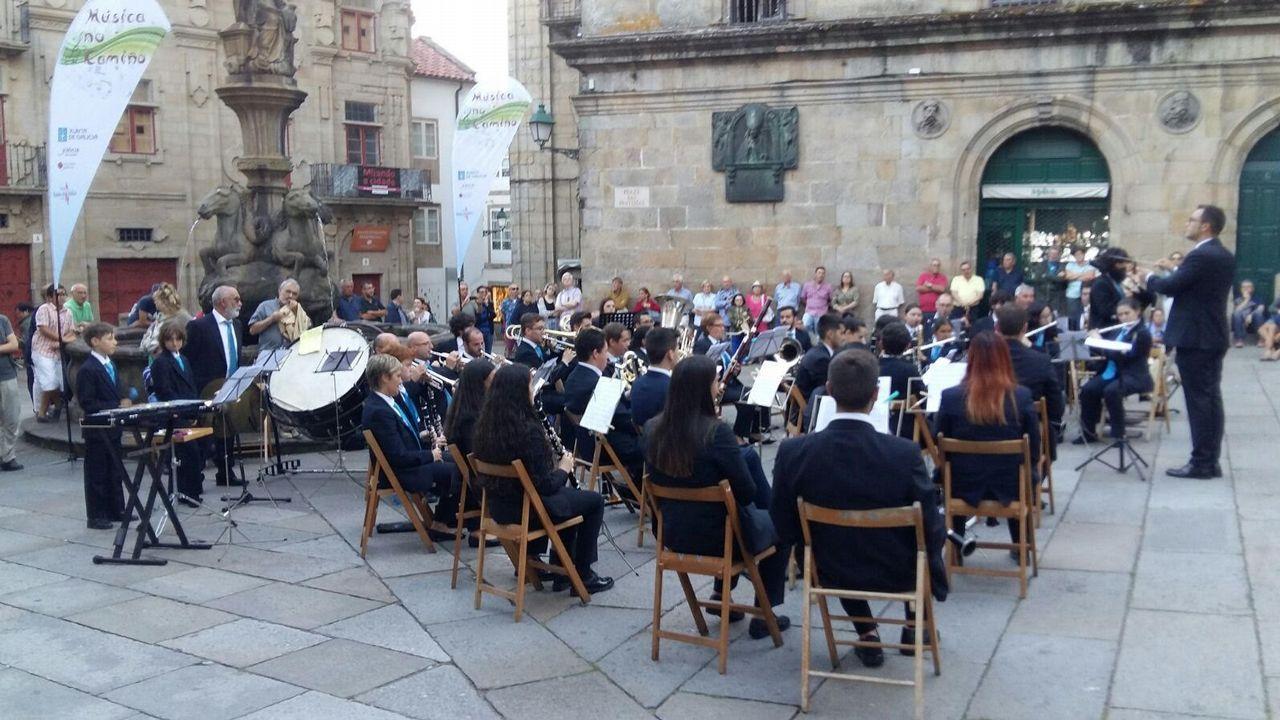 La banda de m sica de viveiro ofreci un concierto en santiago for Concierto hoy en santiago