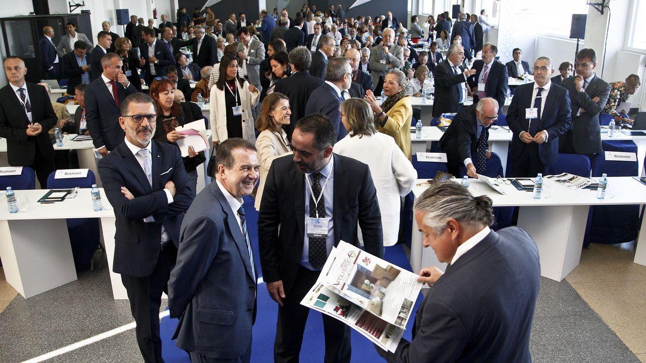 Inauguración del congreso de Transitarios.Vista de la contaminación en Oviedo
