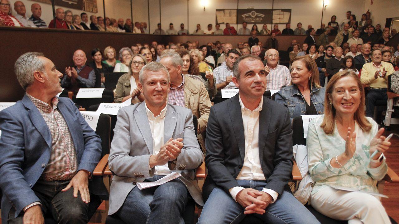 El lapsus de Pedro Sánchez durante el besamanos en el Palacio Real.Letizia presidiendo el acto por el Día Mundial de la Salud Mental
