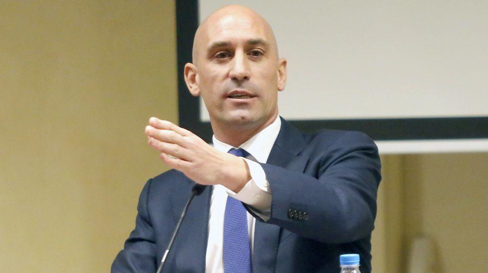 .Luis Rubiales dimitió de su cargo en la AFE para pelear por la presidencia de la federación