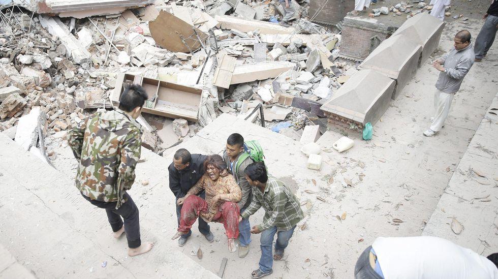 El seísmo se produjo a 77 kilómetros al noroeste de Katmandú.